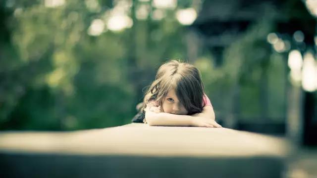 爱孩子的三个阶段:陪伴、教练、尊重_儿童社会工作